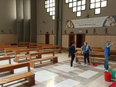 Carissimi parrocchiani... - WhatsApp_Image_2020-05-16_at_11.01.46_1_b04875770e4c62d1b308bdf371f890ea